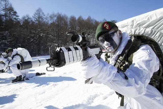 Güney Kore askerleri ile ABD Deniz Piyadeleri ortak tatbikat yaptı