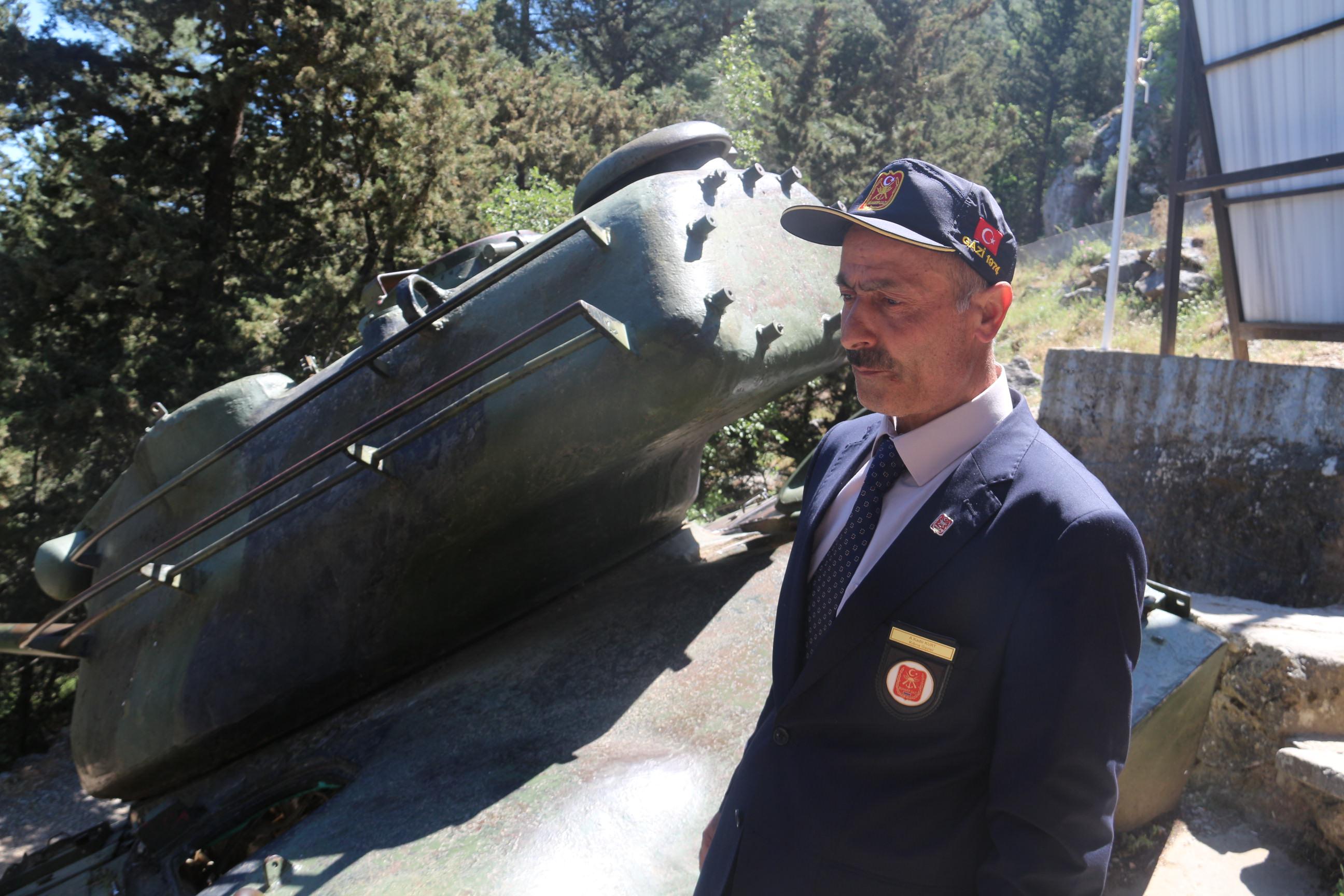 Kahraman asker 42 yıl sonra aynı yerde