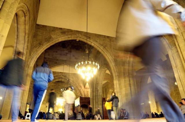 İBB'den camilere ücretsiz tuvalet hizmeti