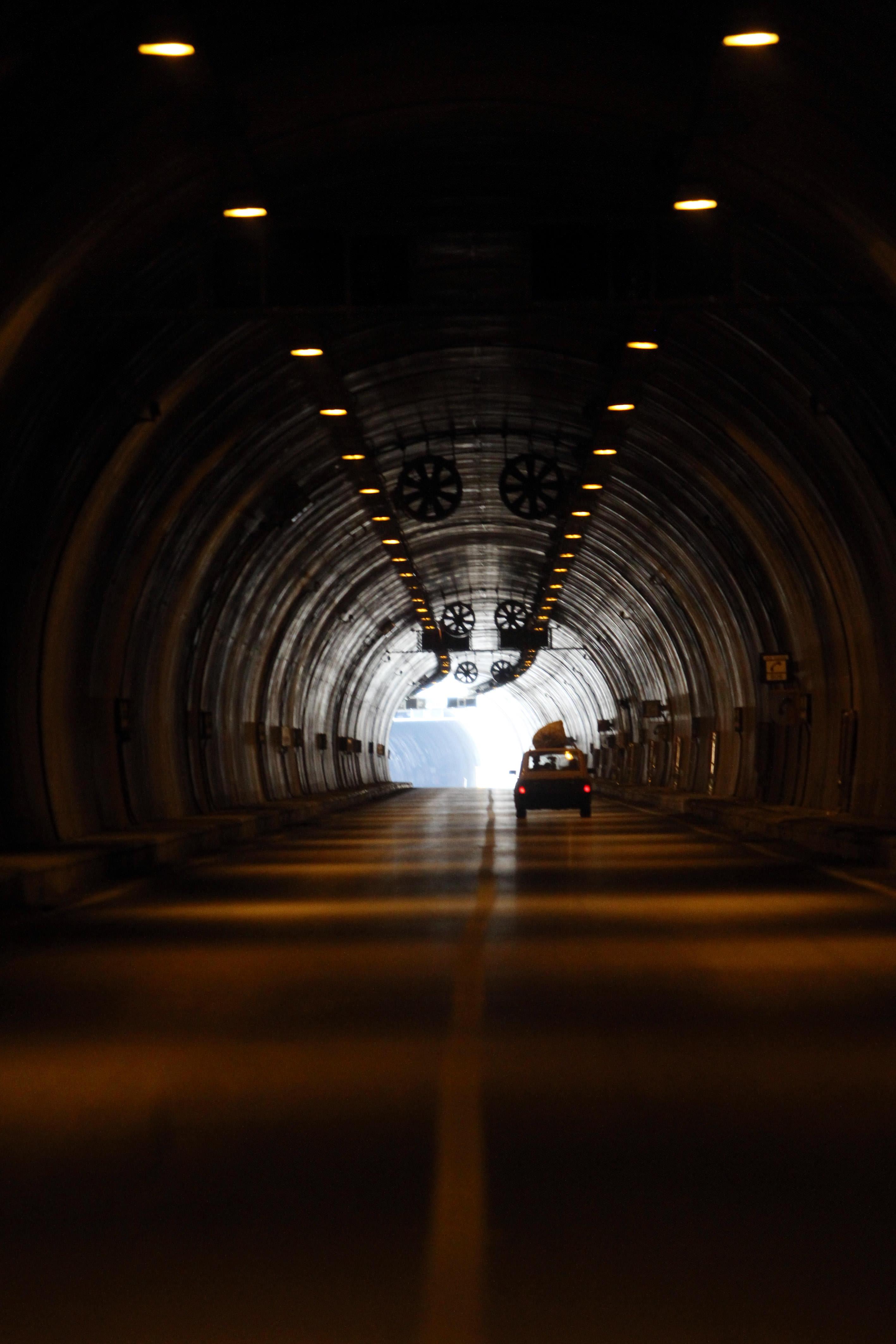 Orta Anadolu'yu Akdeniz'e bağlayan tünel açıldı