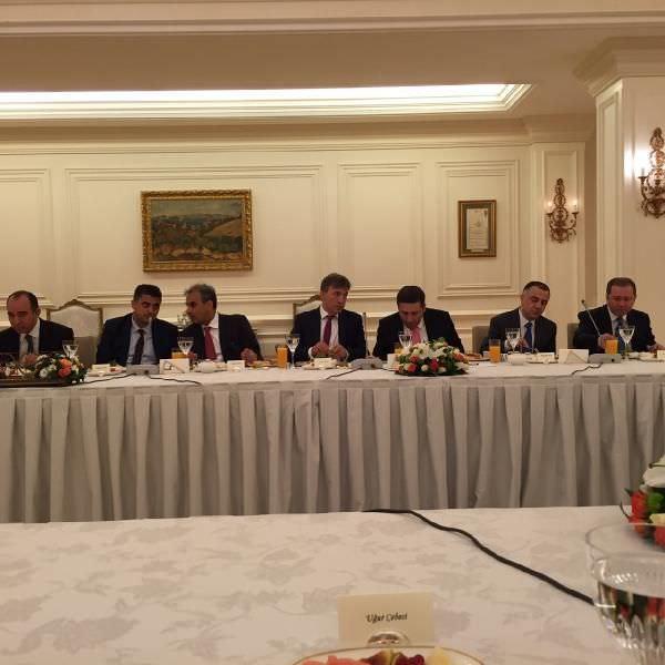 Başbakan Binali Yıldırım, medya temsilcileri ile bir araya geldi.