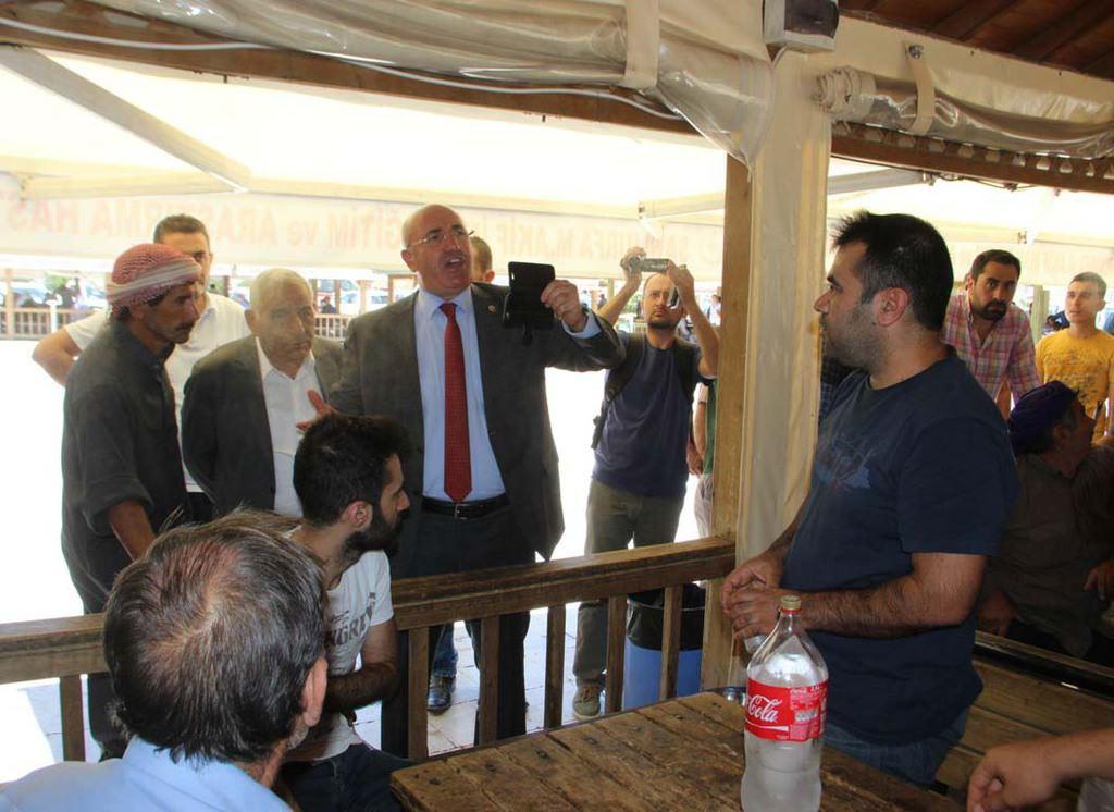 CHP'li vekillere Şanlıurfa'da büyük tepki