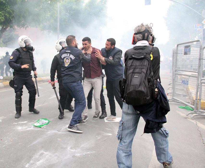 HDP'liler 1 Mayıs alanını karıştırdı!