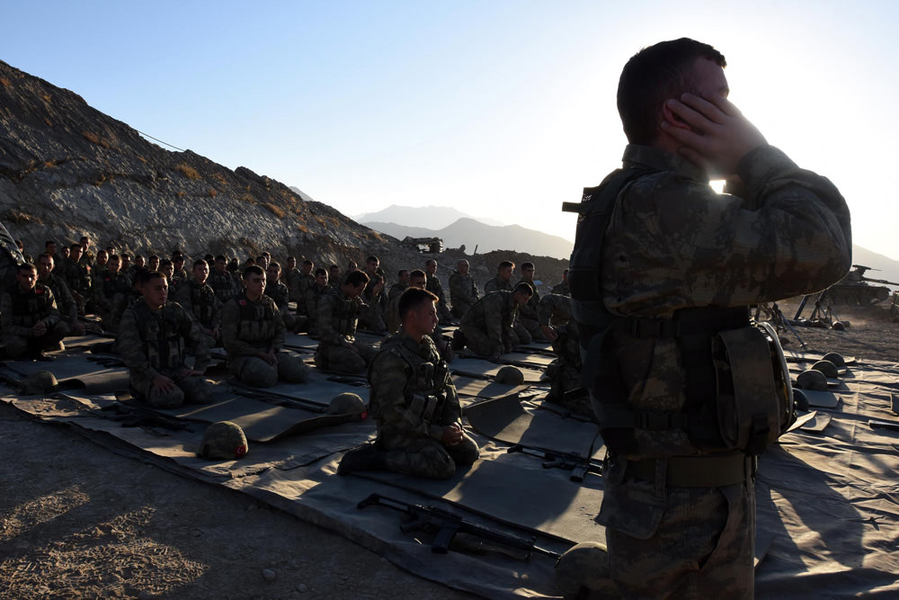 PKK'ya en büyük darbenin vurulduğu Kaletepe'de bayram