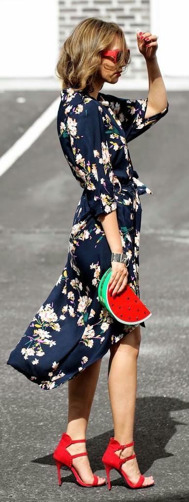Baharın yeni trendi maxi çiçekli elbiseler!