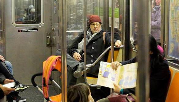 Dünyaca ünlü oyuncu metroda görüldü