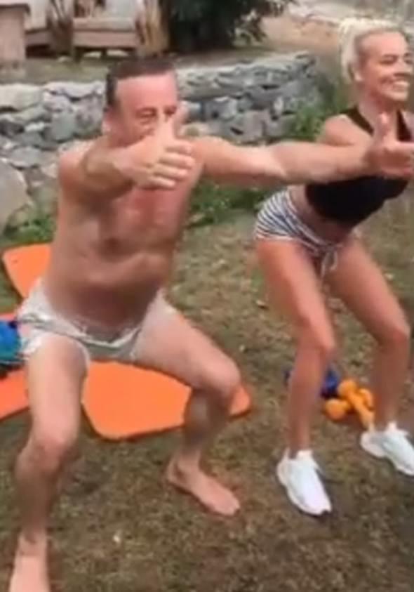 Ali Ağaoğlu pilatese başladı