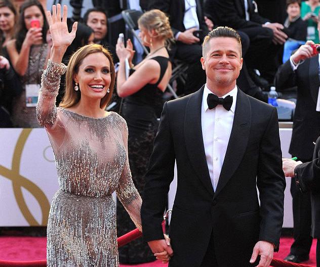 Angelina Jolie ile Brad Pitt anlaştı