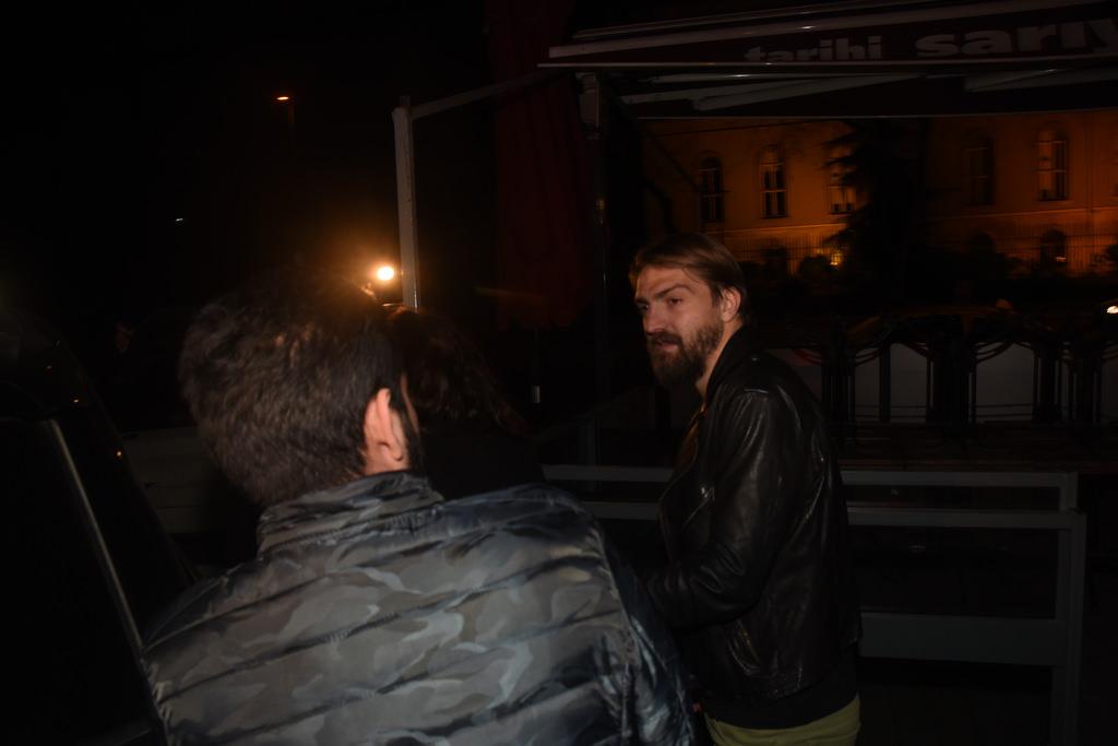Caner Erkin'in gazetecilere verdiği tepki şoke etti