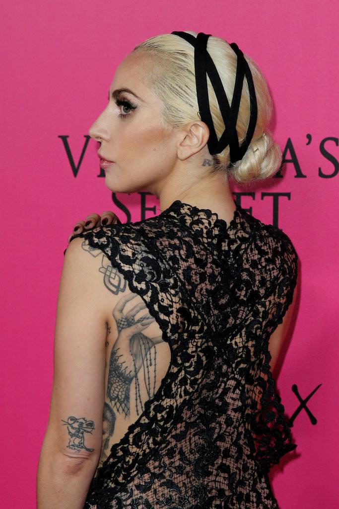 Dünyaca ünlü şarkıcı Lady Gaga'dan şok itiraflar