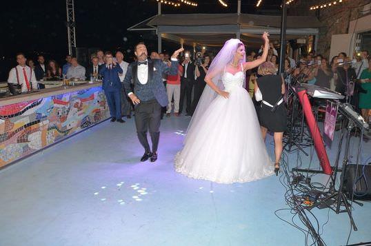 Eda Özerkan ile Timur Acar'ın düğününden kareler