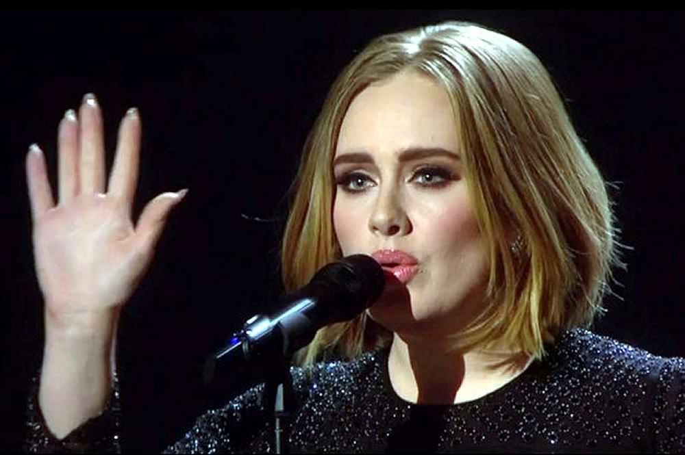 İngiliz şarkıcı Adele'in ''büyük'' sırrı ortaya çıktı!