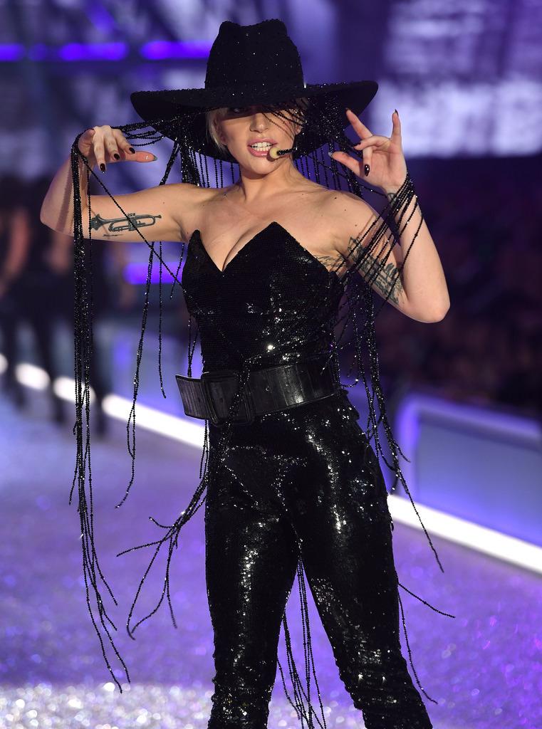 İşte Lady Gaga'nın bir milyon $'lık şapkası