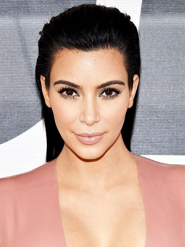 Kim Kardashian'a 'silahlı soygun' şoku