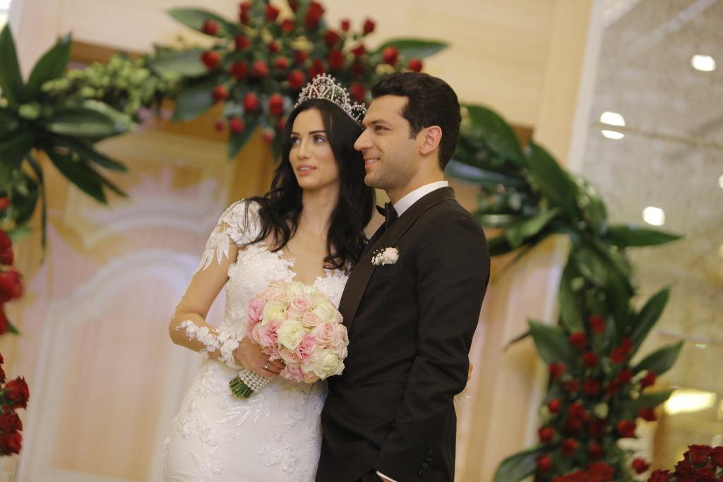 Murat Yıldırım ile İmane Elbani ikinci düğün için gün sayıyor