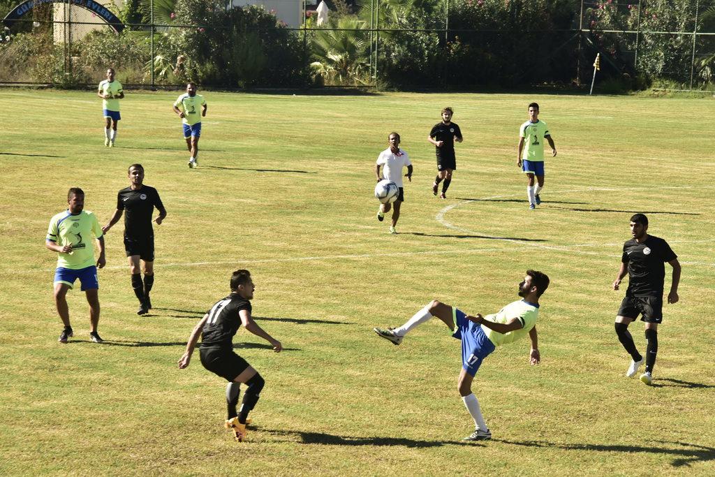 Nejat İşler, Gümüşlükspor maçında kendinden geçti