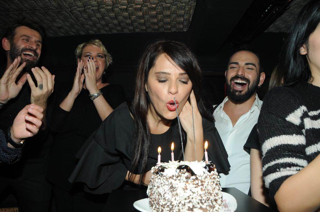 Reyhan Karaca 46'ncı yaşgününü kutladı