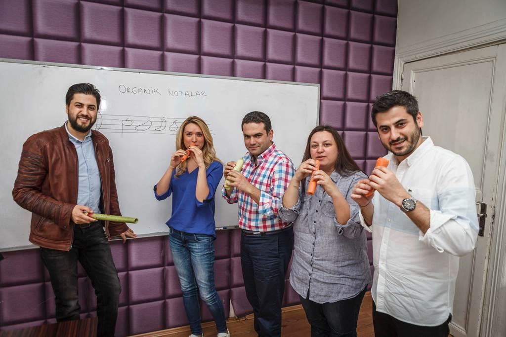 Serkan Çağrı sadece klarneti değil sebzeleri de konuşturuyor!