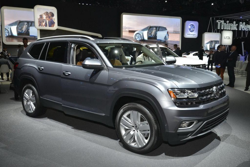 VW'nin 7 kişilik SUV'u Los Angeles'ta sergileniyor