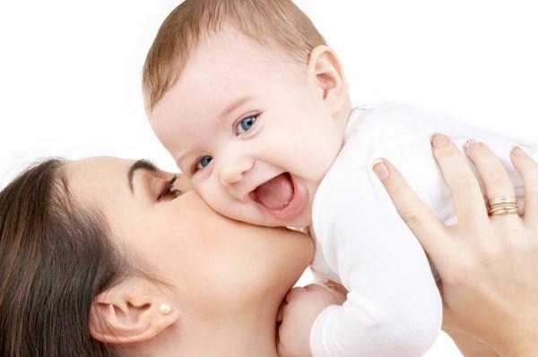 Emzirmenin anneye sağladığı 7 yarar
