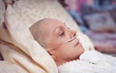Kadınlarda kanser sinyali veren 12 işaret!