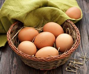 Kahverengi mi yoksa beyaz yumurta mı yemeli?