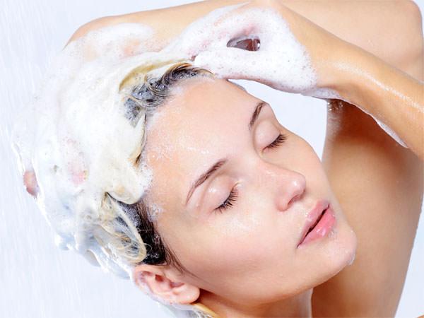Saçınızı yıkarken bunlara dikkat edin