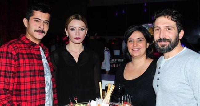 3 ay önce evlenen İsmail Hacıoğlu'nun eşi 6 aylık hamile