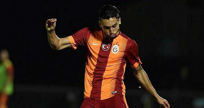 Galatasaray, Alex Telles'i sattı