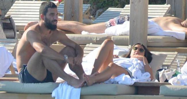 Arda Turan ile Aslıhan Doğan'ın romantik tatili