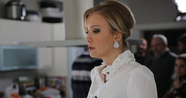 Berna Laçin: Kocamı boşadım ilk aşkıma döndüm