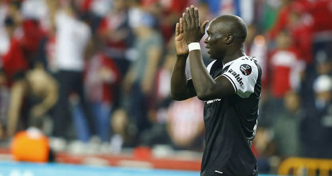 Beşiktaş'ta Aboubakar'ın sıkıntısı belli oldu!
