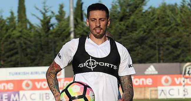Beşiktaş'tan Sosa'yı şoke eden cevap!