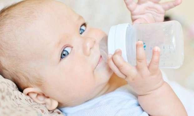 Biberon bebeklerin dişlerine zarar veriyor