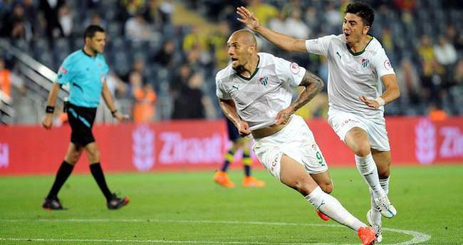 Bursaspor'un yıldızı, Fenerbahçe'ye gitmek istiyor