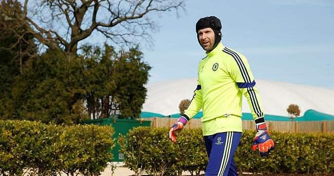 Cech'in menajerinden Beşiktaş açıklaması