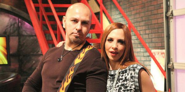 Demir Demirkan'dan Sertab Erener'e şarkılı gönderme