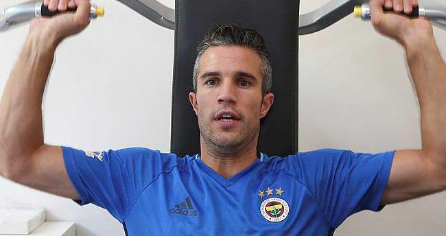 Fenerbahçe'de Van Persie krizi bitmiyor
