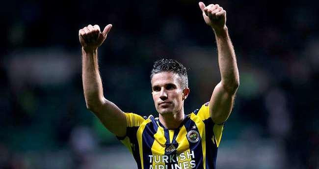 Fenerbahçe'den Barcelona'ya Van Persie yanıtı