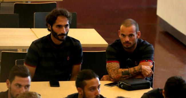 Galatasaray, Sneijder'e rest çekti: Kendine kulüp bul