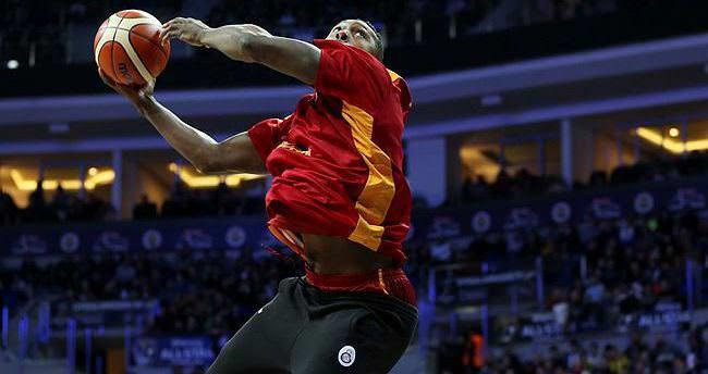 Galatasaray'dan Barcelona'ya transfer oldu