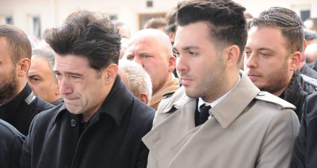 Hakan Ural: Annemin cenaze töreninde babam yoktu