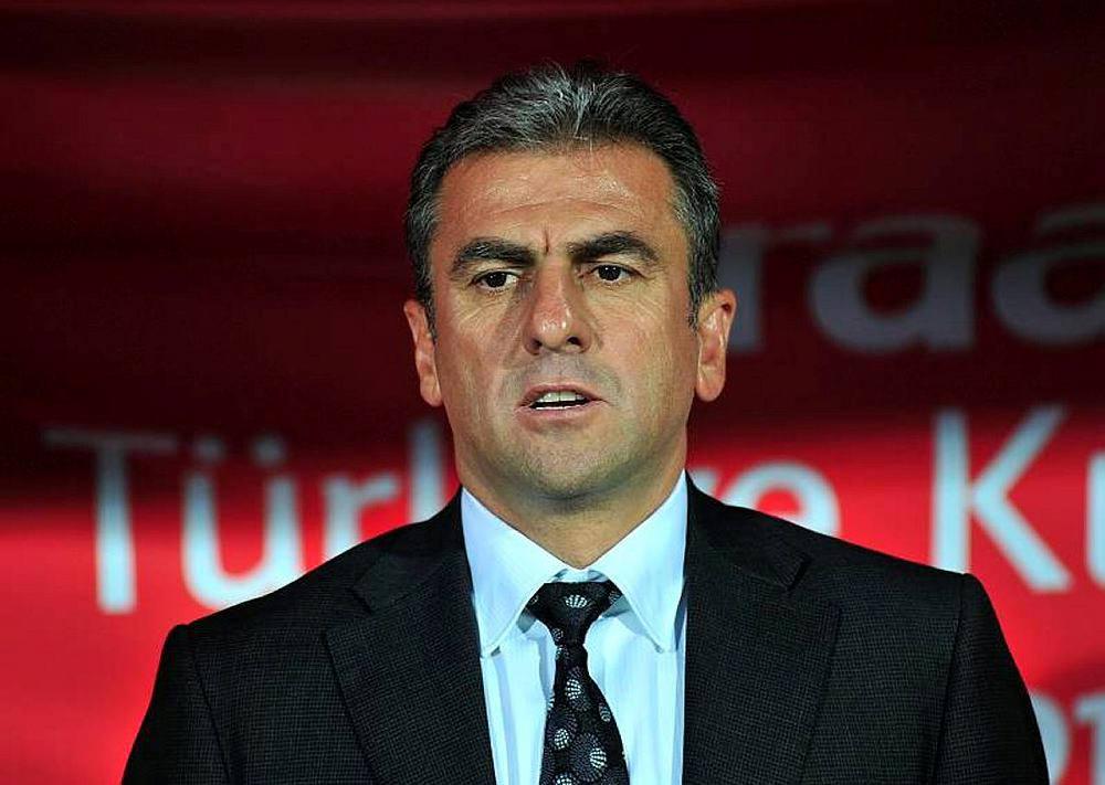 Hamza Hamzaoğlu'ndan Van Persie Ve Podolski açıklaması