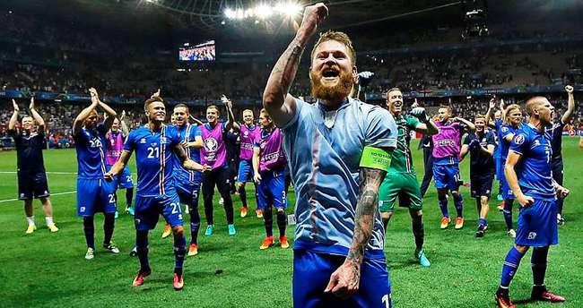 İzlanda'nın iki yıldızı Galatasaray'ın kapısından dönmüş!
