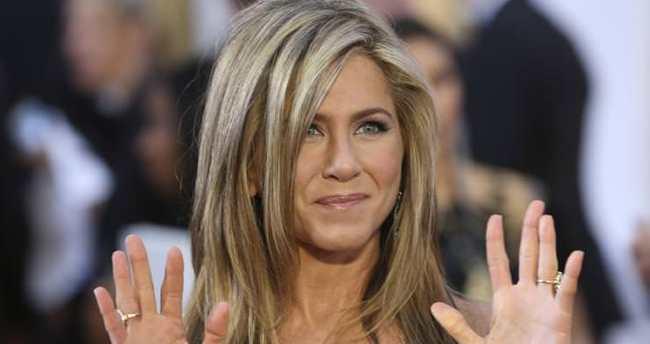 Jennifer Aniston'ın menajerinden 'hamilelik' açıklaması