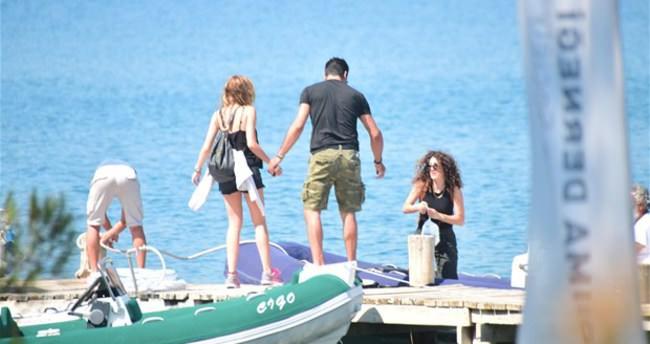 Kenan İmirzalıoğlu ile Sinem Kobal'ın aşk tatili