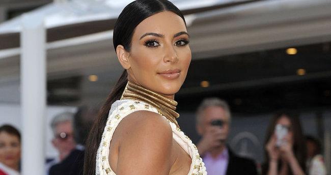 Kim Kardashian bekaretini 14 yaşında kaybetmiş