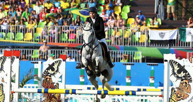 Milli sporcu İlke Özyüksel'in zor anları