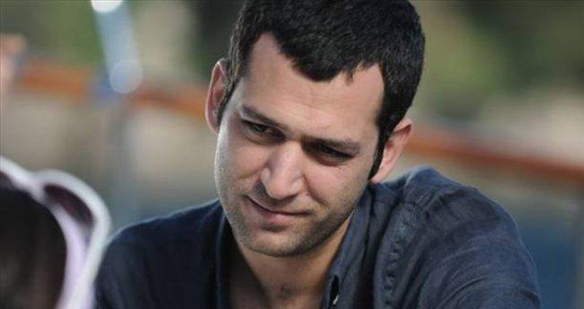 Murat Y�ld�r�m'�n 13 b�l�m paras� dudak u�uklatt�