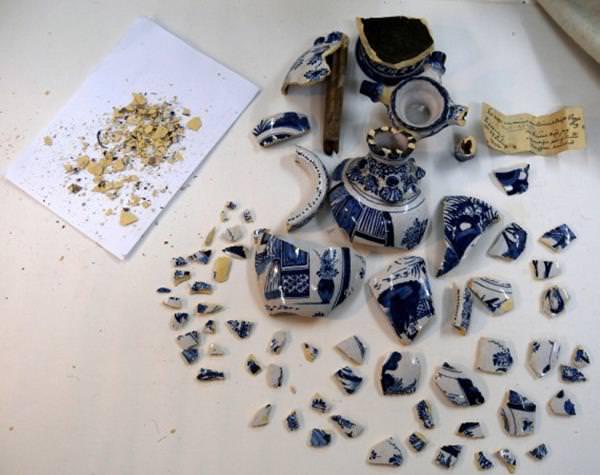 Müze yetkilileri tarihi eser vazoyu kıran çocuğu arıyor